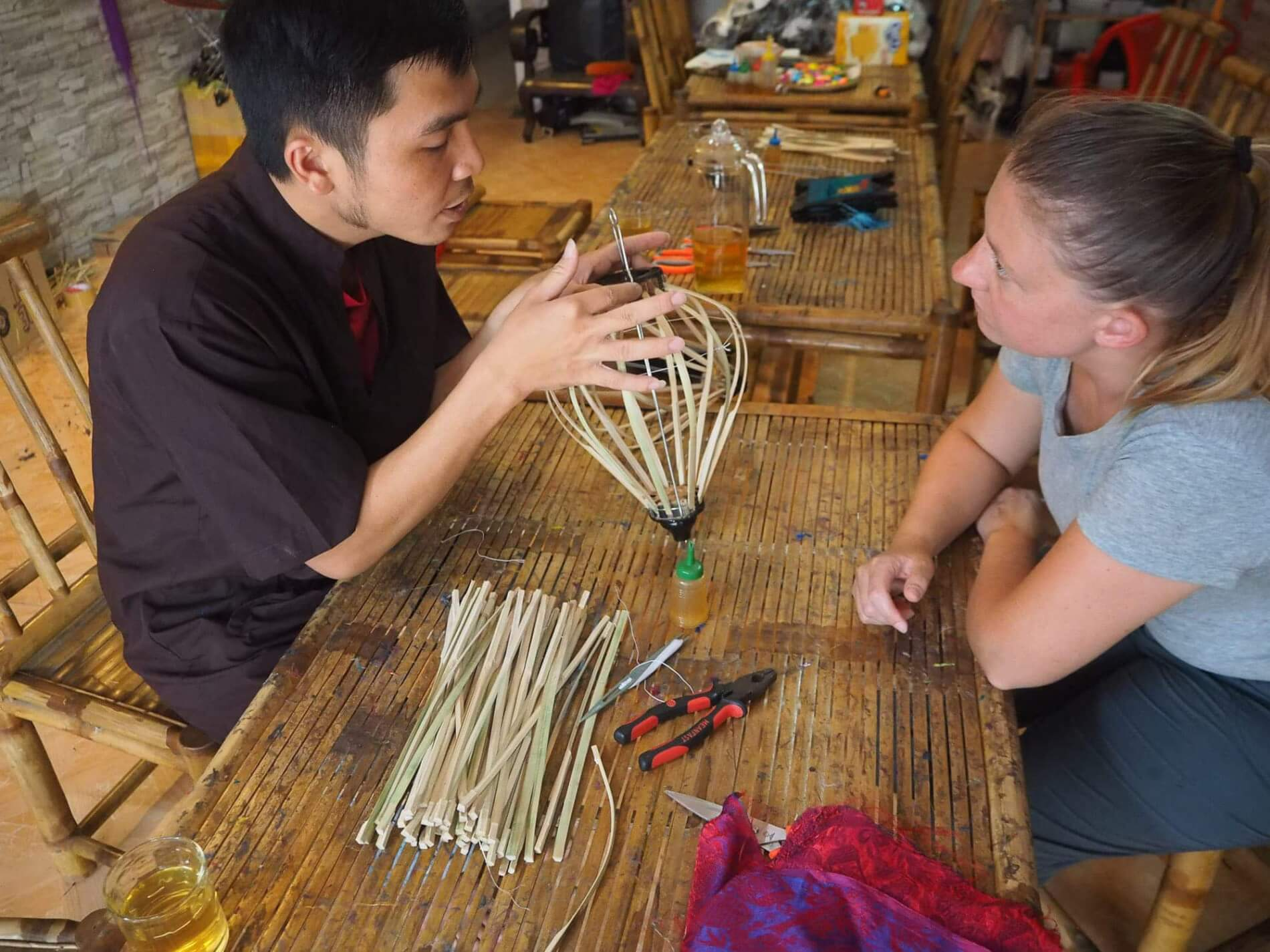 Hoi An Handicraft Tours - with the instructor