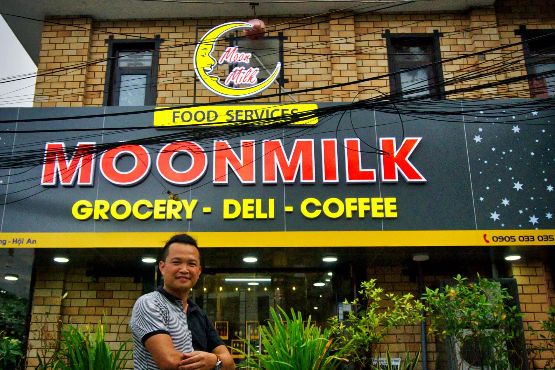 MoonMilk shop front