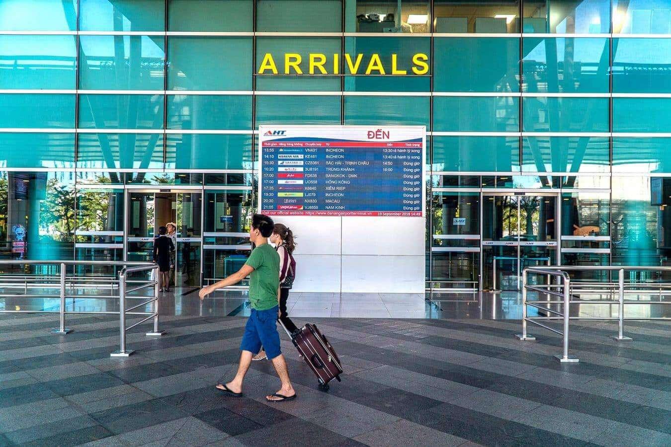 Da Nang Airport arrivals - Da Nang to Hoi An