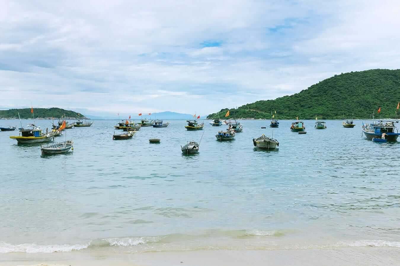 Fishing boats, Cham Islands