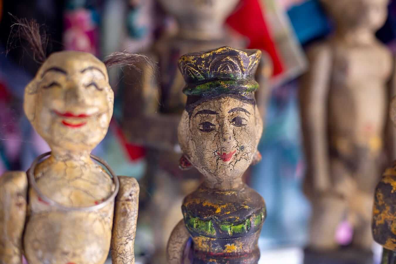 Water puppets for sale: Lune show Hoi An