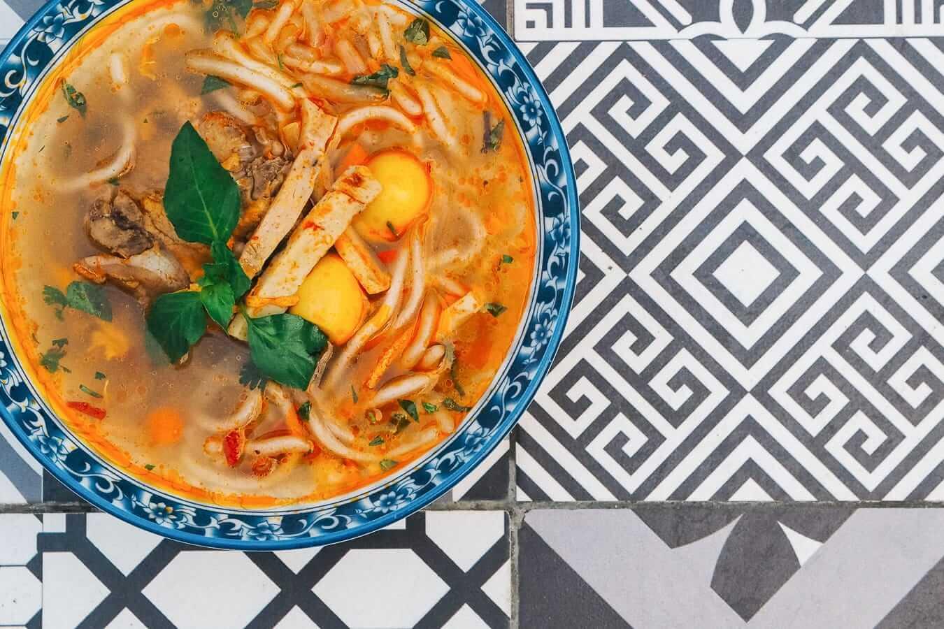 Banh Canh: Vietnamese food