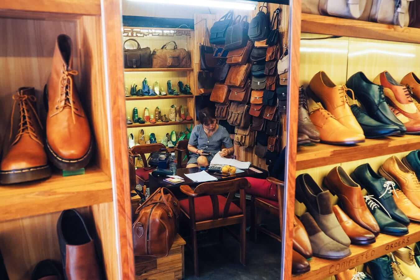 Buffalo Leather shop: Hoi An souvenirs