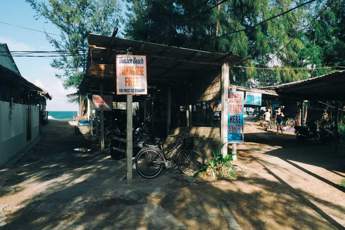 Hidden Beach parking: Hoi An's beaches