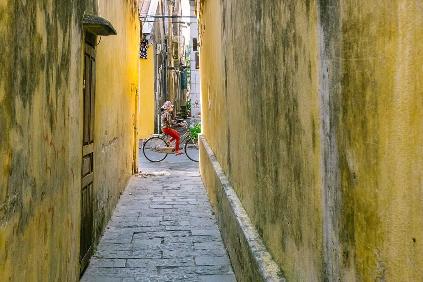 Old Town's yellow walls: Hoi An Day Trip