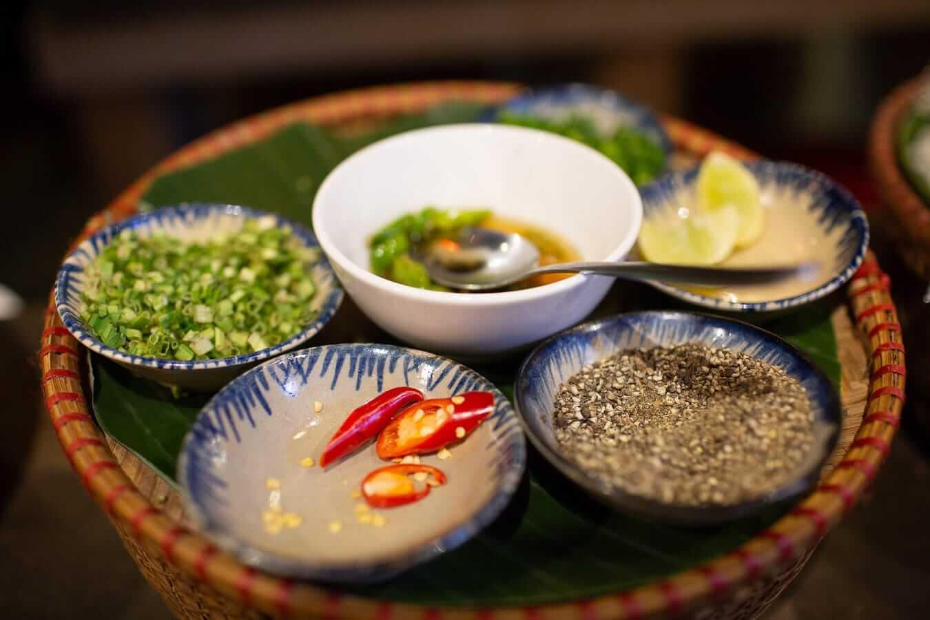 Vietnamese condiments: Vietnamese food
