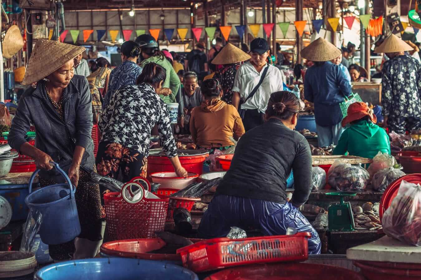 Central Market: Activities and Tours In Hoi An
