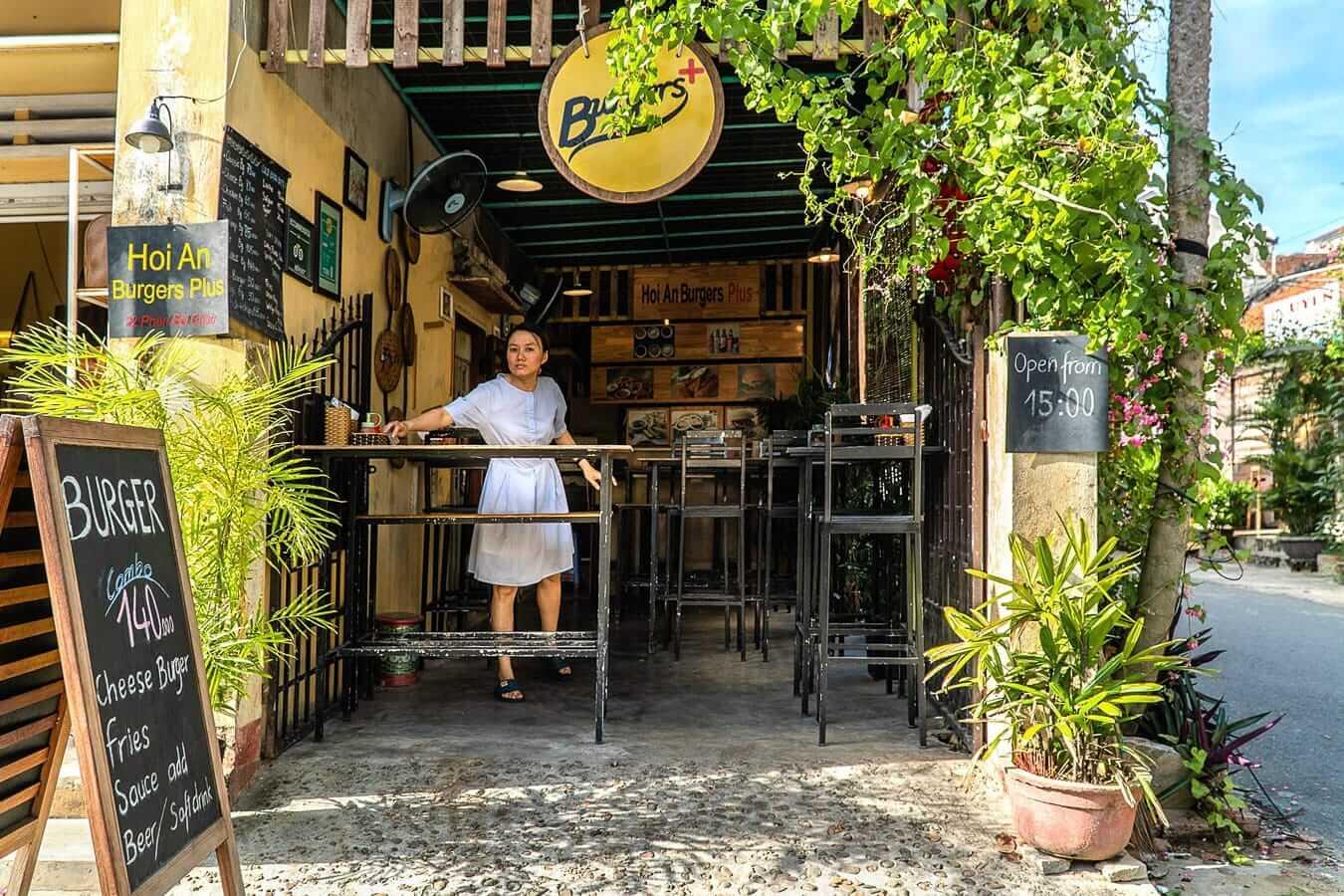 Hoi An Burger Plus: Western Hoi An Restaurants