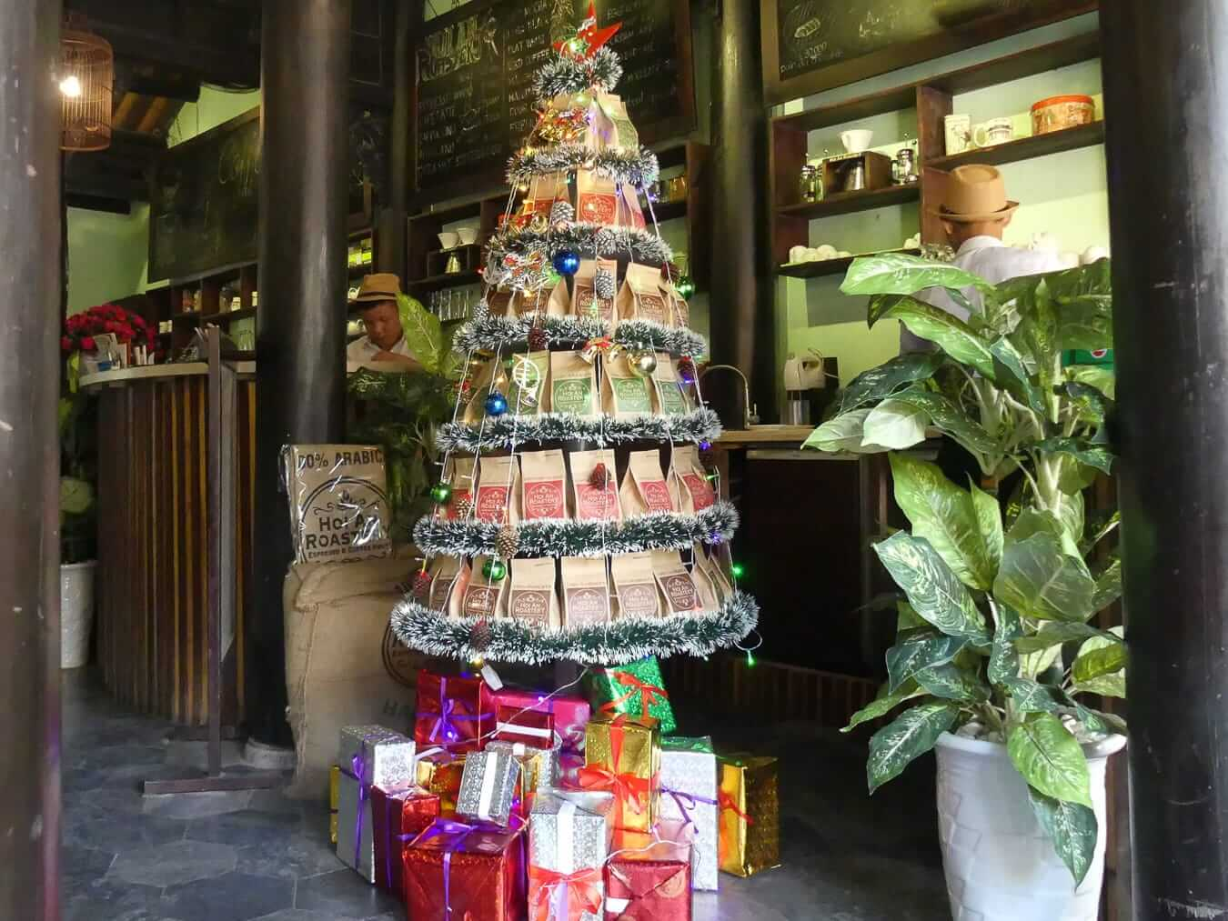 Hoi An Roastery Christmas tree