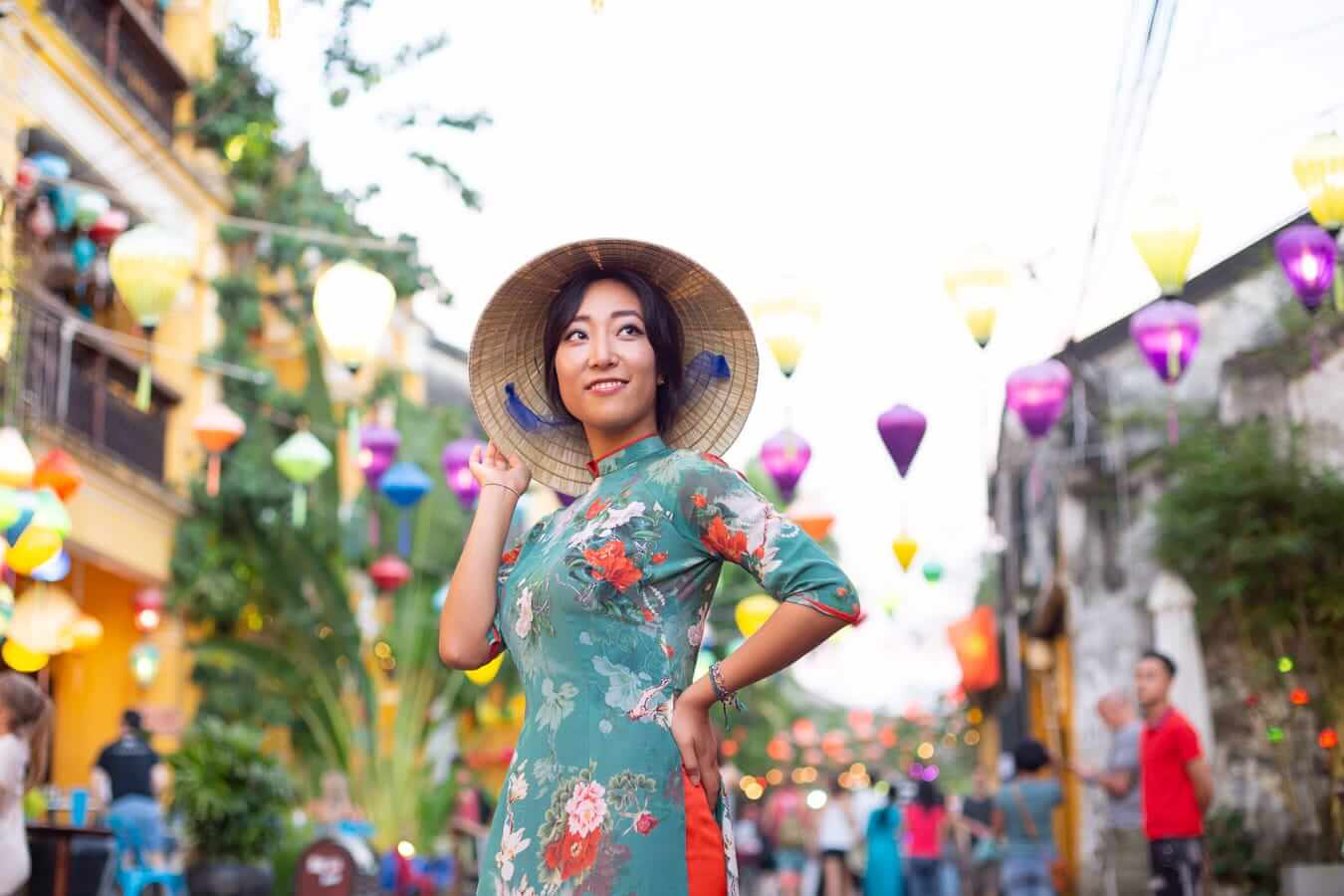 Ao Dai and lanterns