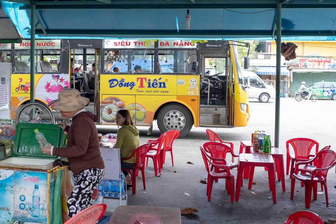 Hoi An bus station (local)