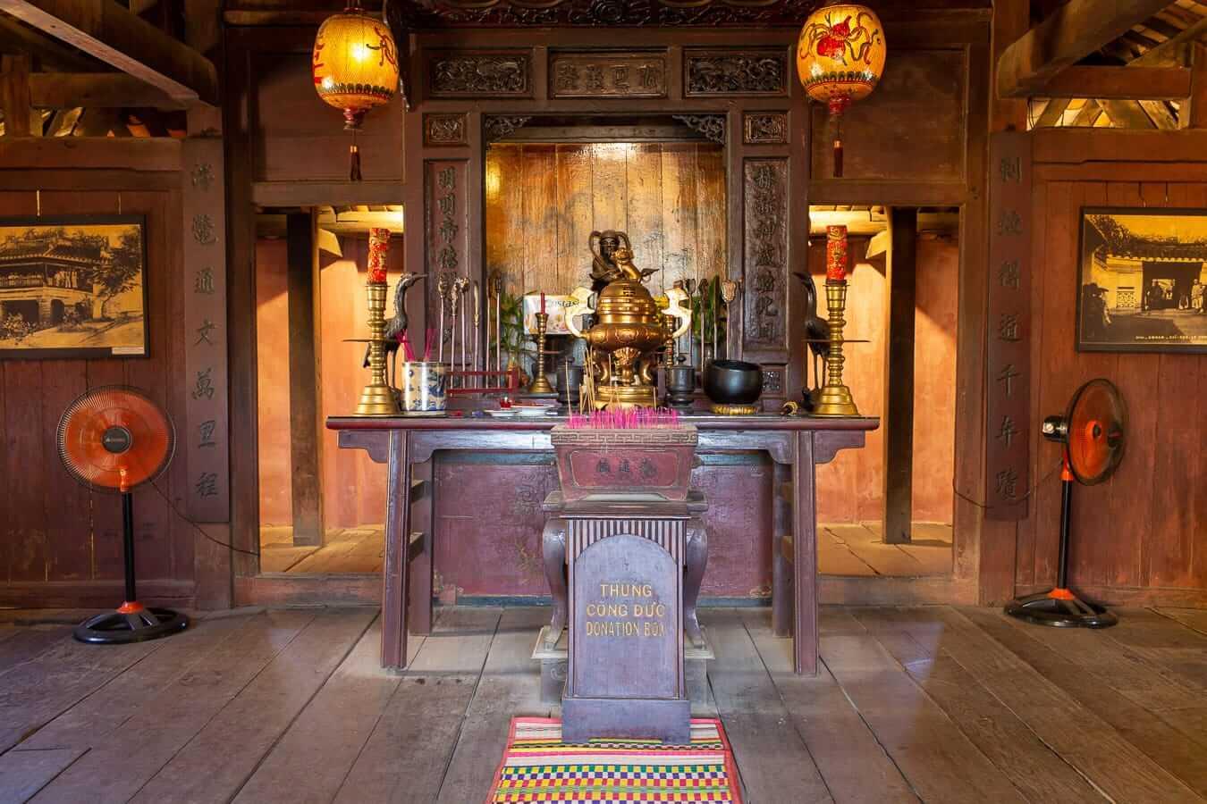 Japanese Bridge shrine: 3-day itinerary in Hoi An