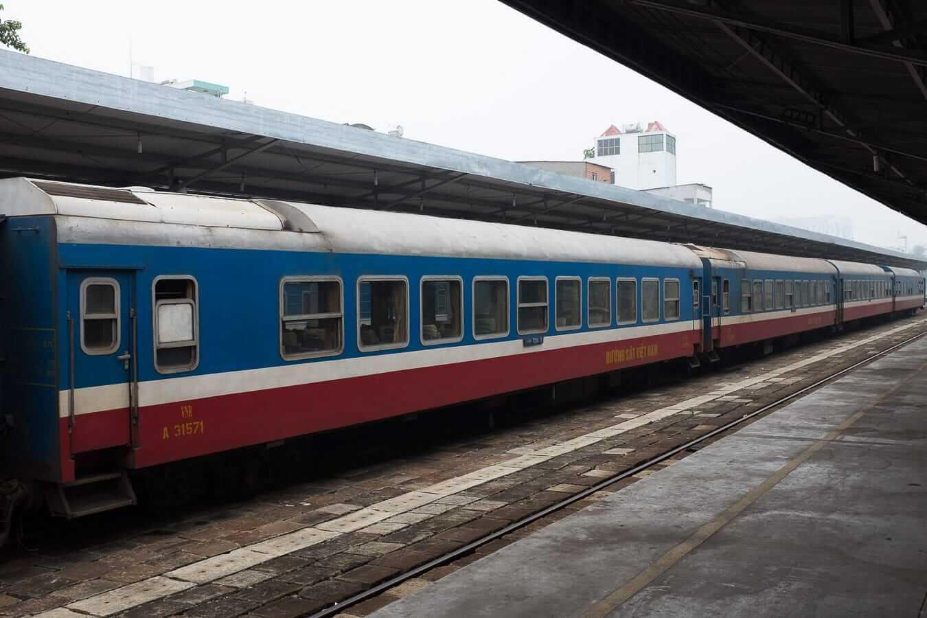 Train in Da Nang: Hanoi to Hoi An