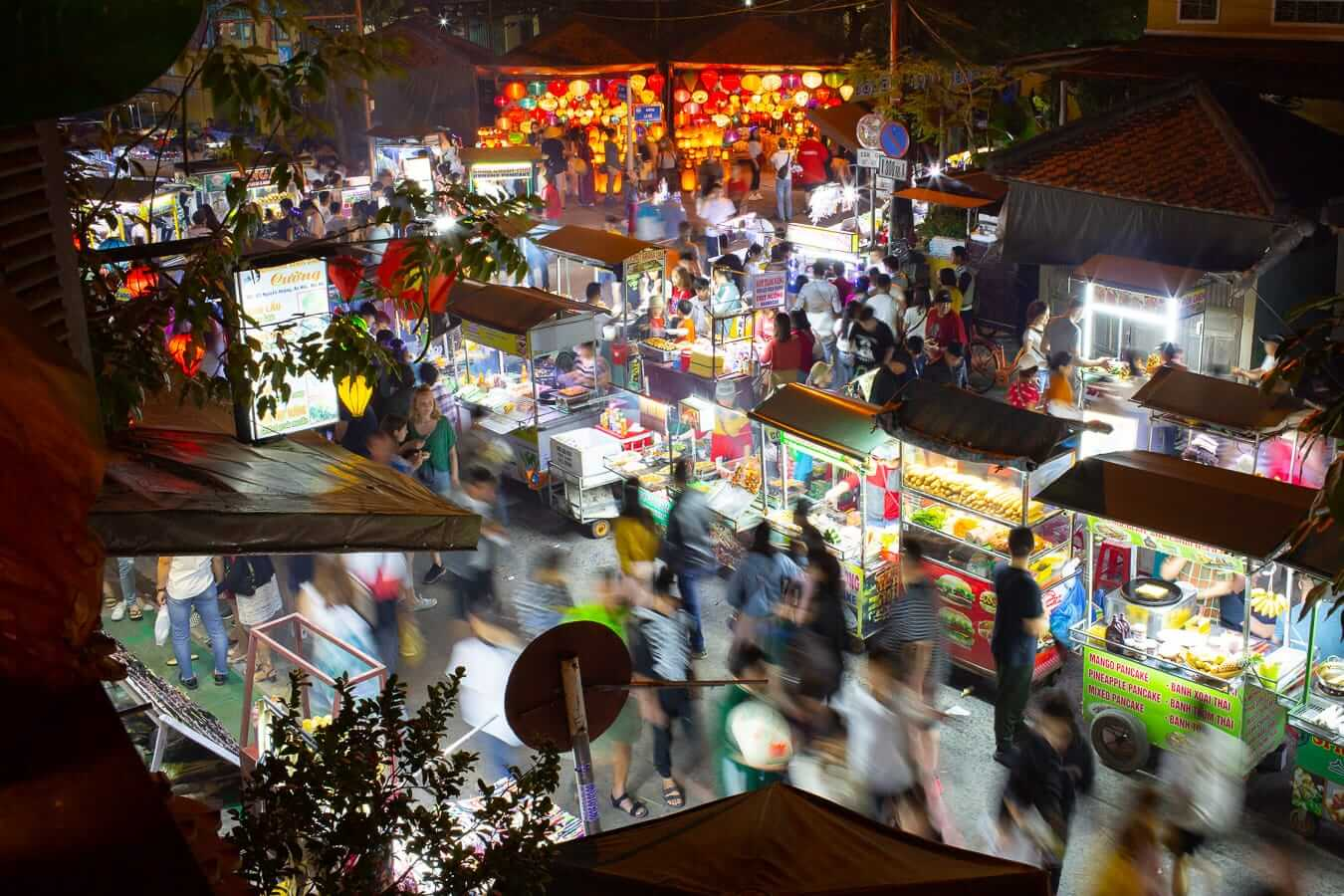 Busy streets of the Hoi An Night Market