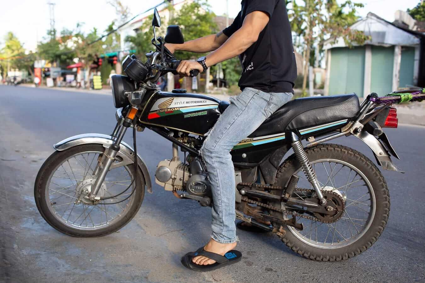 Style Motorbikes' Honda Win: Vietnam motorbike rental