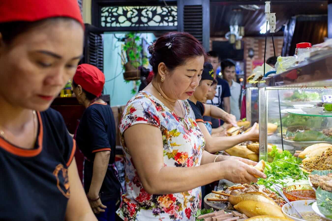Madame Phuong making banh mi
