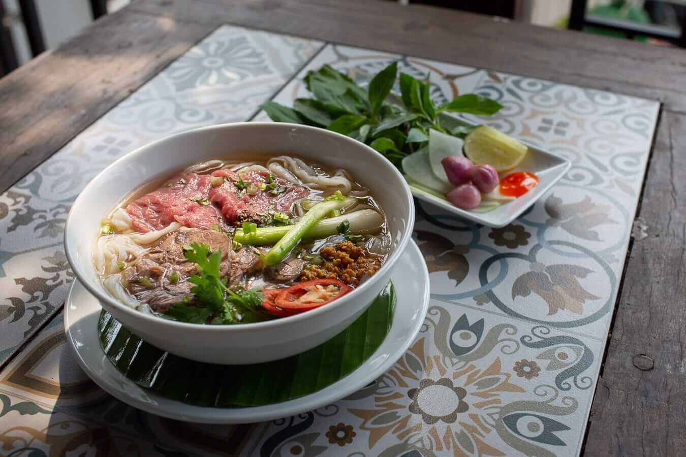Pho bo at Vy's Marketplace: Best Pho in Hoi An