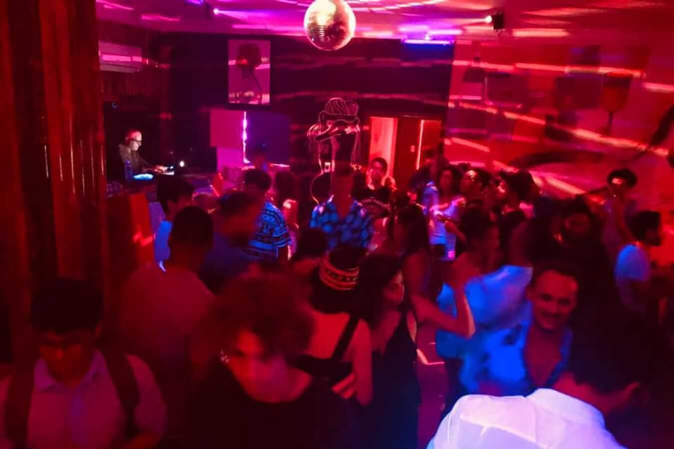 Serendipity Hostel's party scene: Best hostels in Hoi An