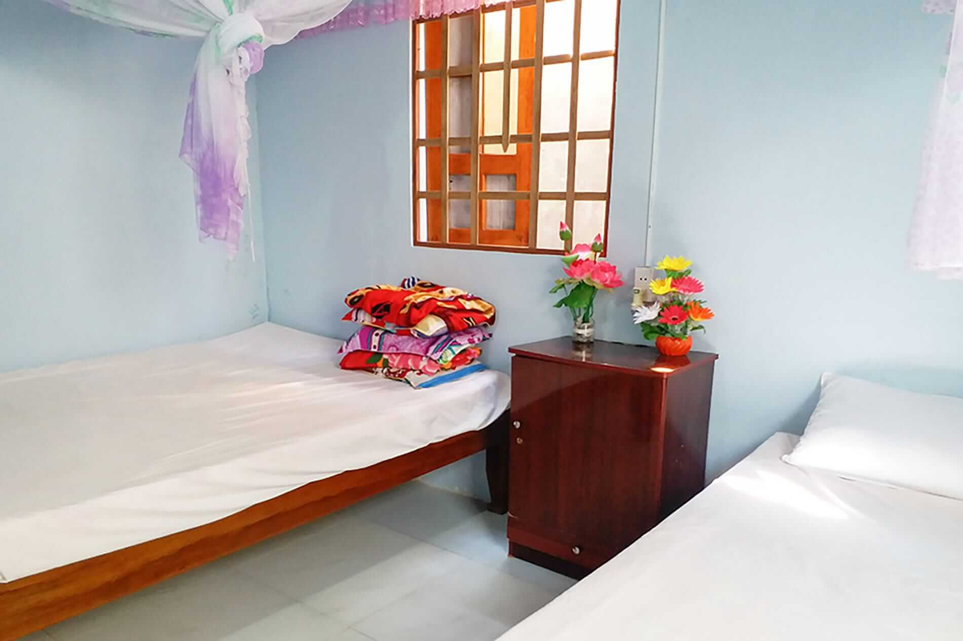Bai Huong Homestay - Cham Island Accommodation