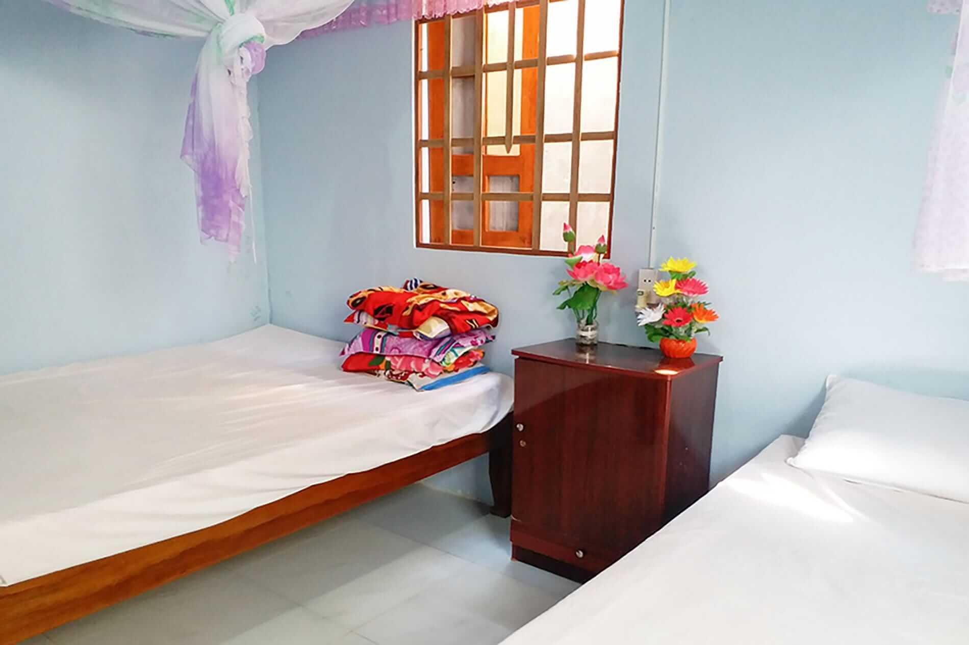 Bai Huong Homestay - Cham Island Accommodation