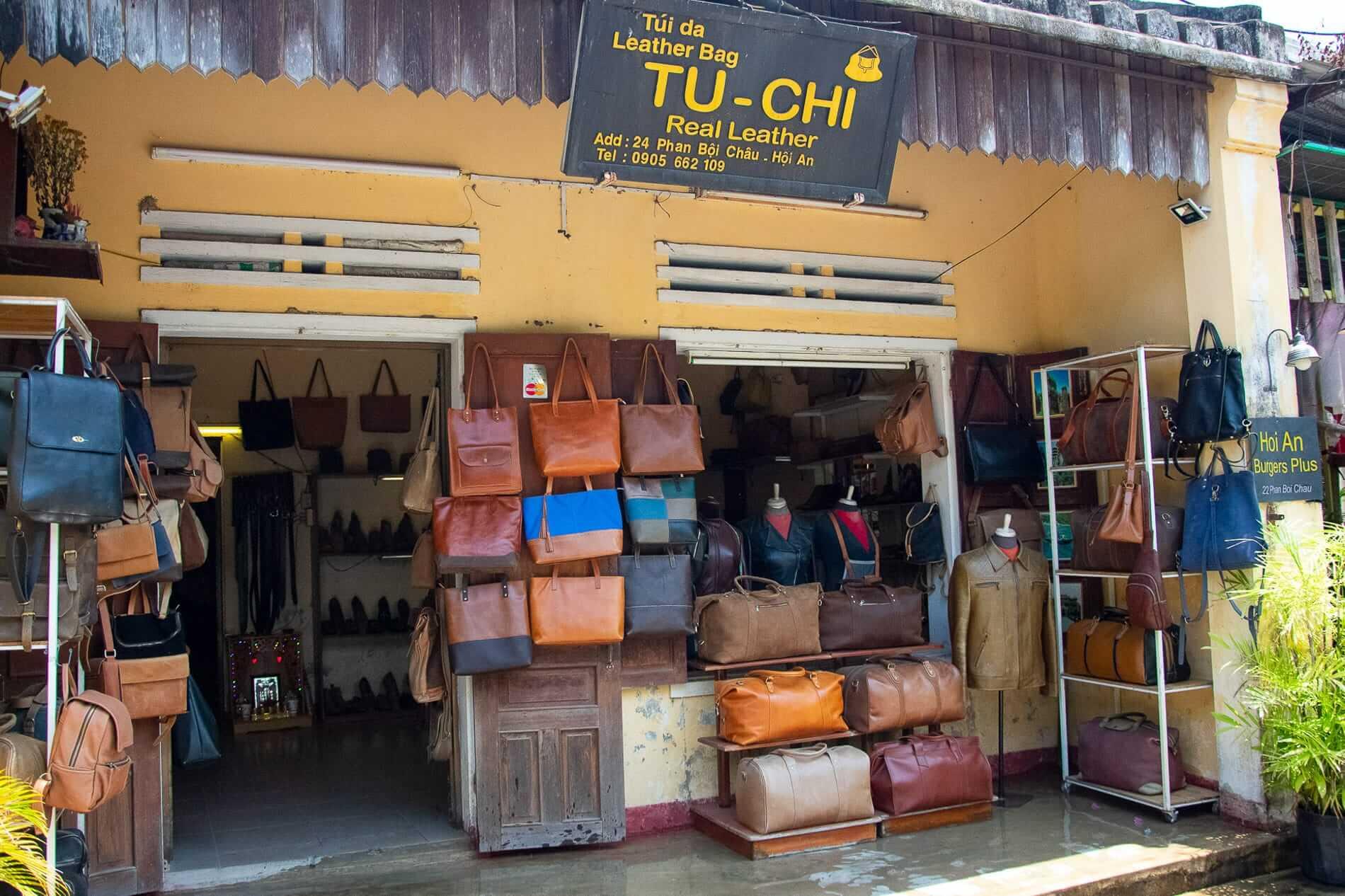 Tu Chi Hana - Leather shops