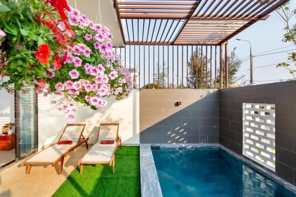 The pool at Yellow Mushroom Villa Hoi An