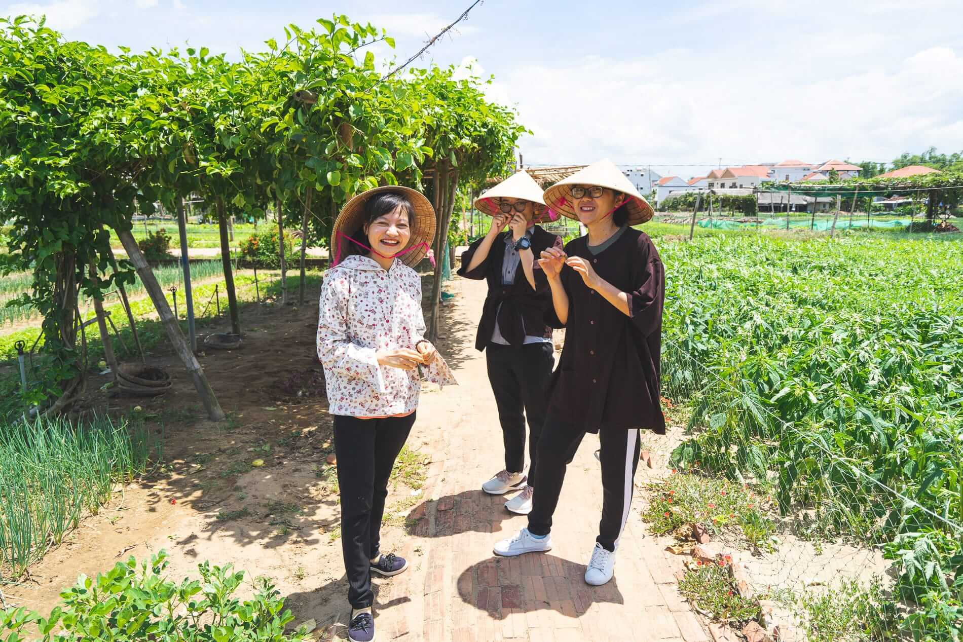 A group learn about herbs - Tra Que Vegetable Village
