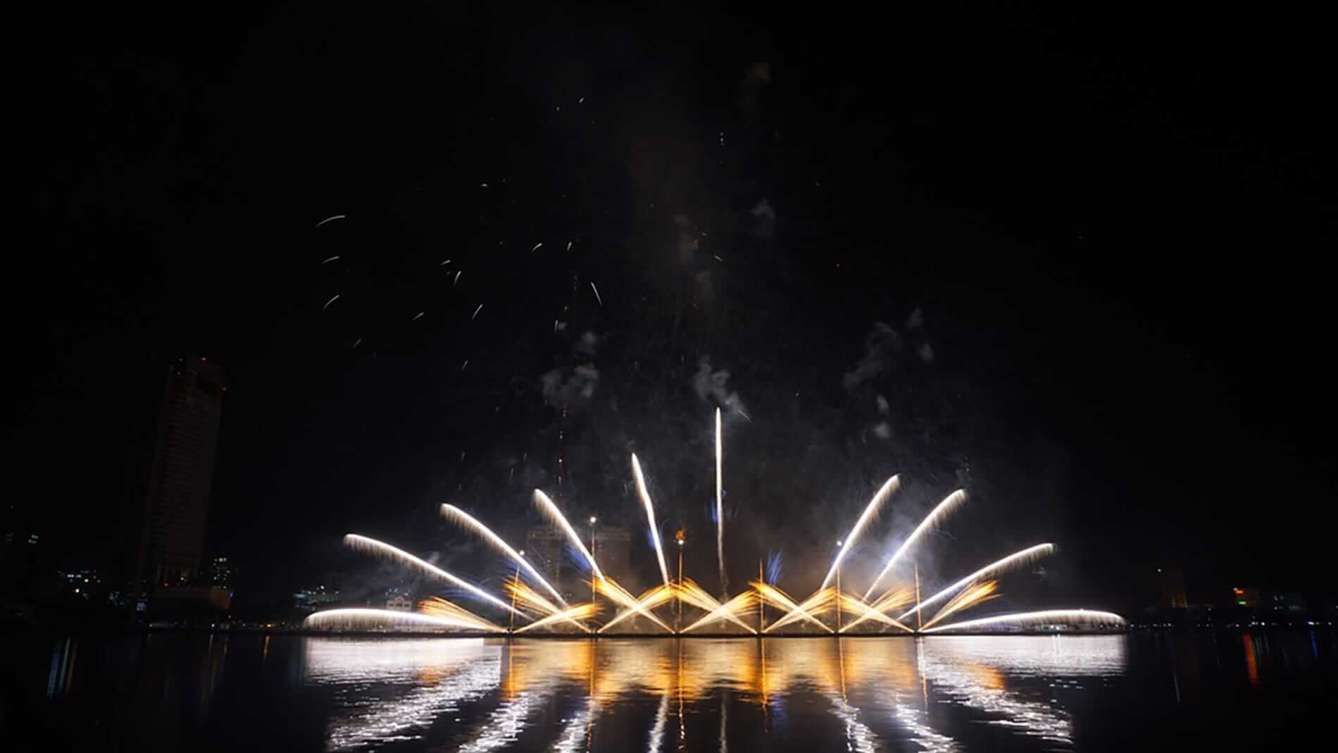 Fireworks seen from the riverbank - Da Nang Fireworks Festival