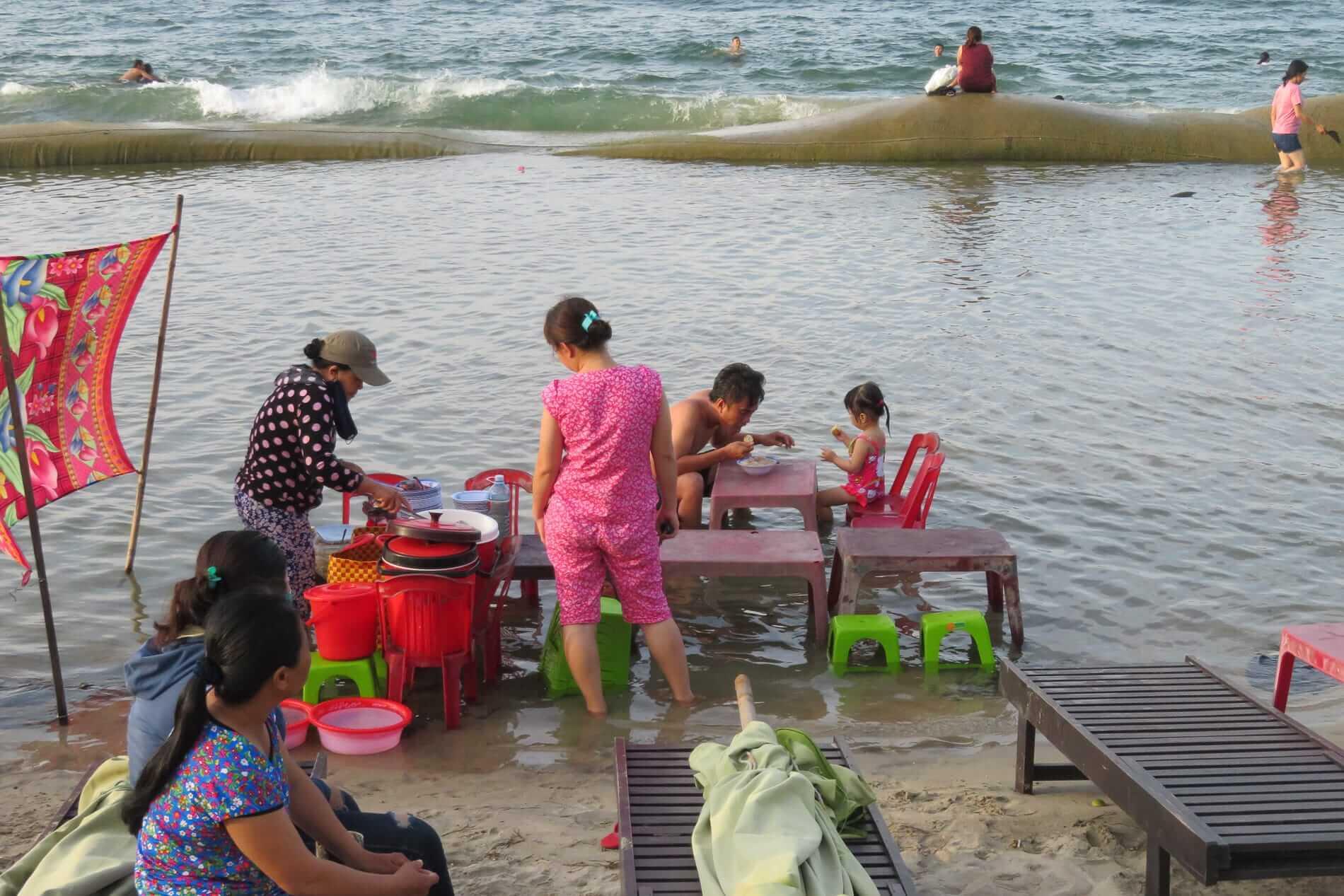 A beach barbecue in Hoi An