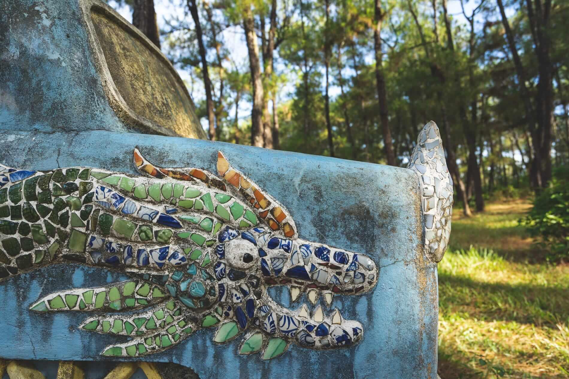 Old car in graffiti - Hue's Abandoned Water Park