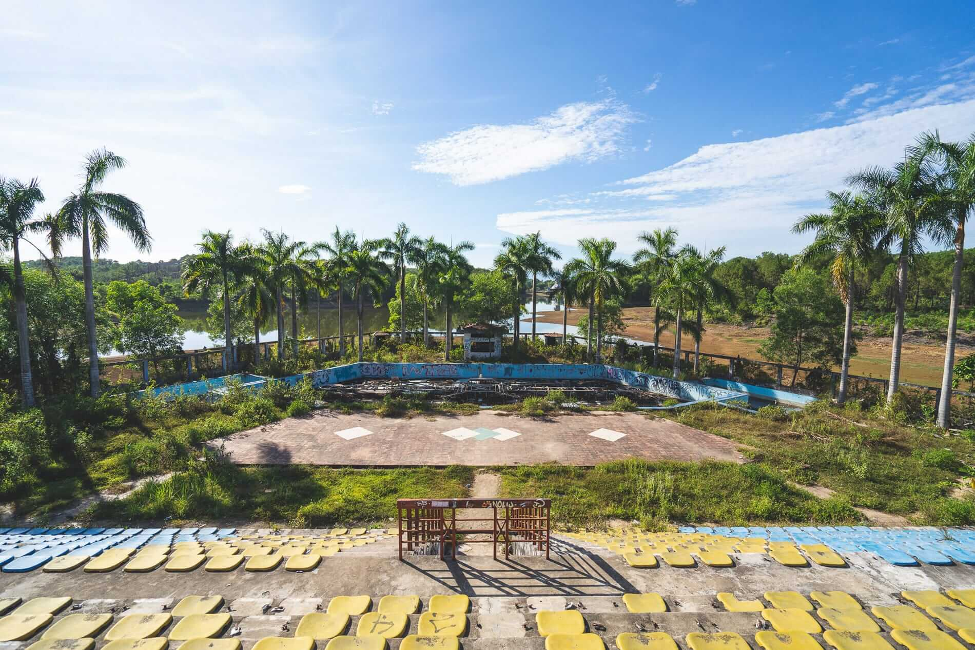 Hue's Abandoned Water Park