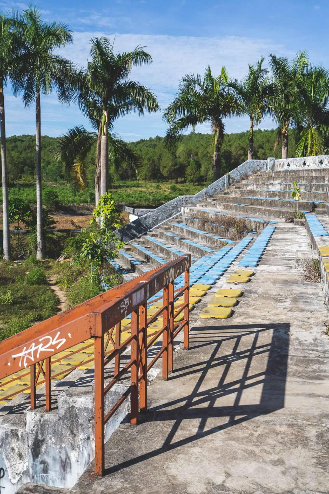 Amphitheater - Hue's Abandoned Water Park