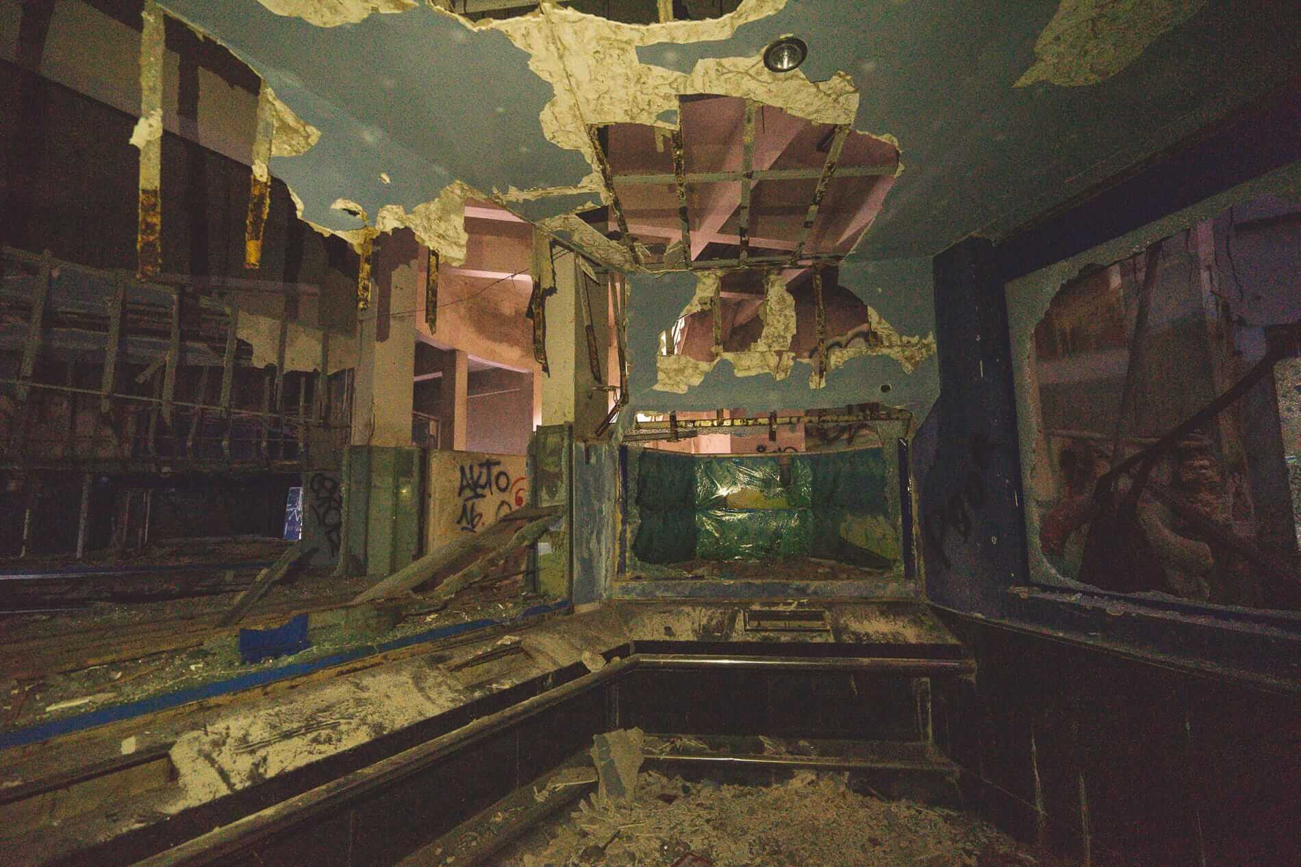 Destroyed room - Hues Abandoned Water Park