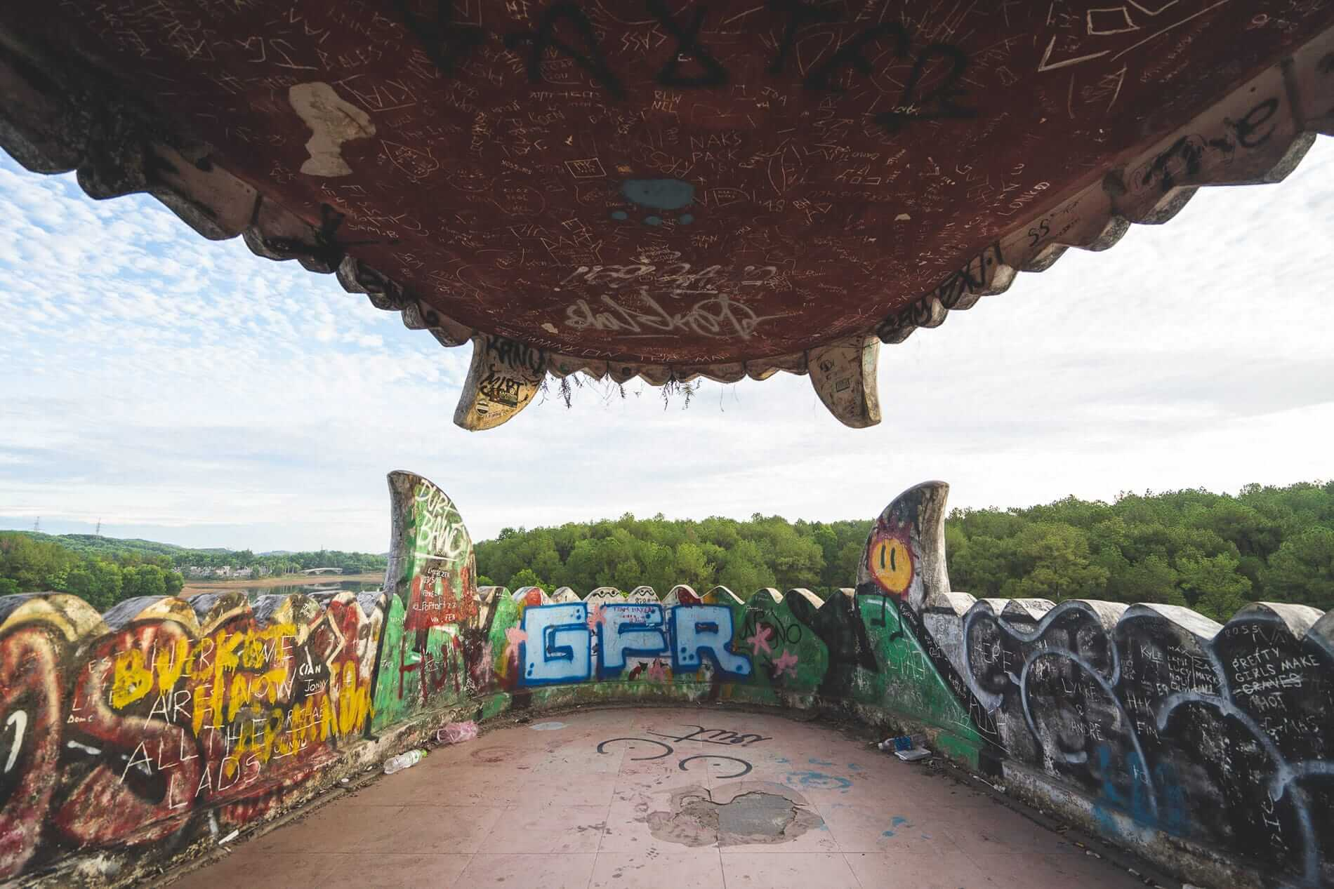 Graffiti everywhere - Hues Abandoned Water Park