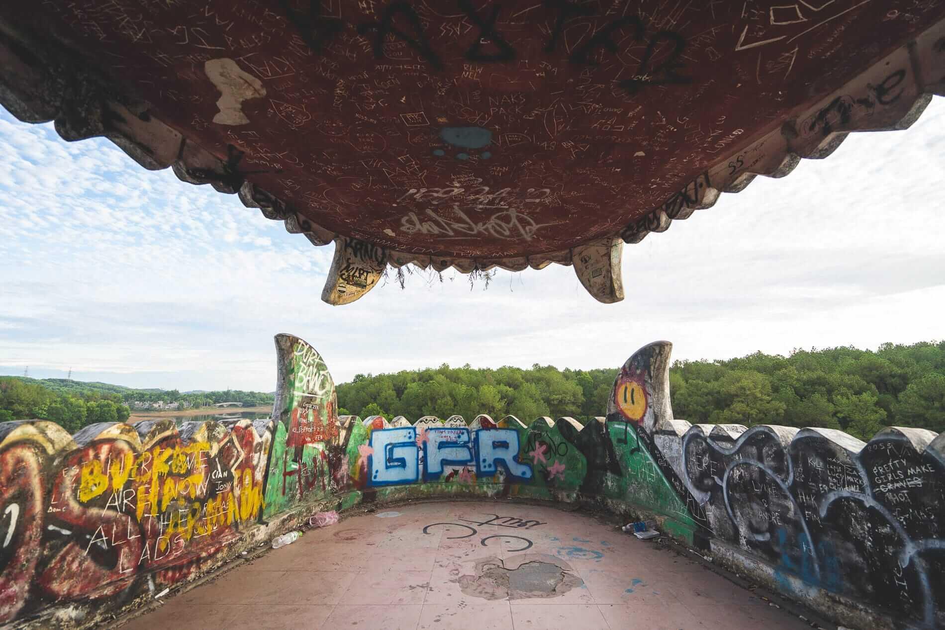 Graffiti everywhere - Hues Abandoned Water Park
