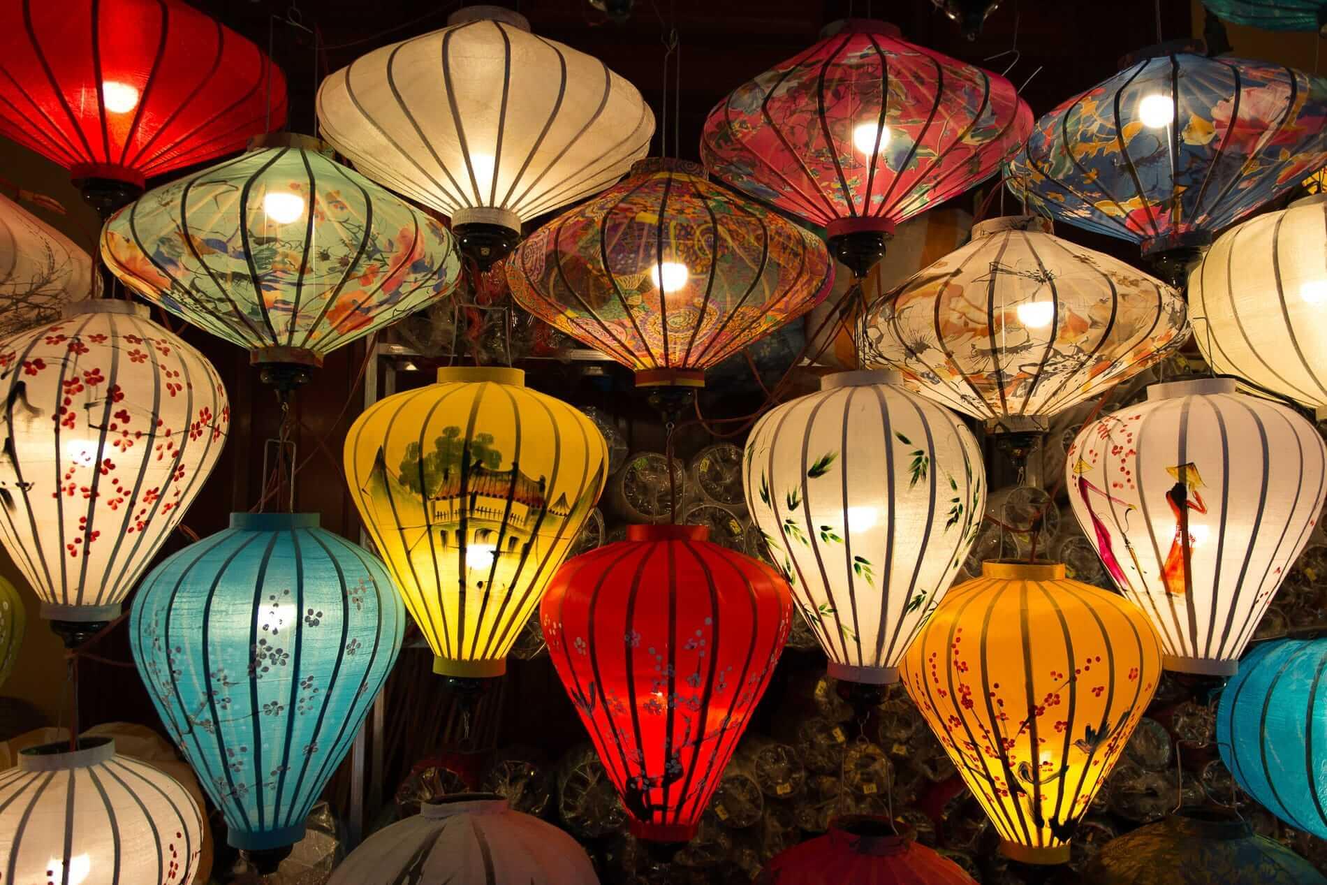 Shopping lanterns - Hoi An Shopping Guide