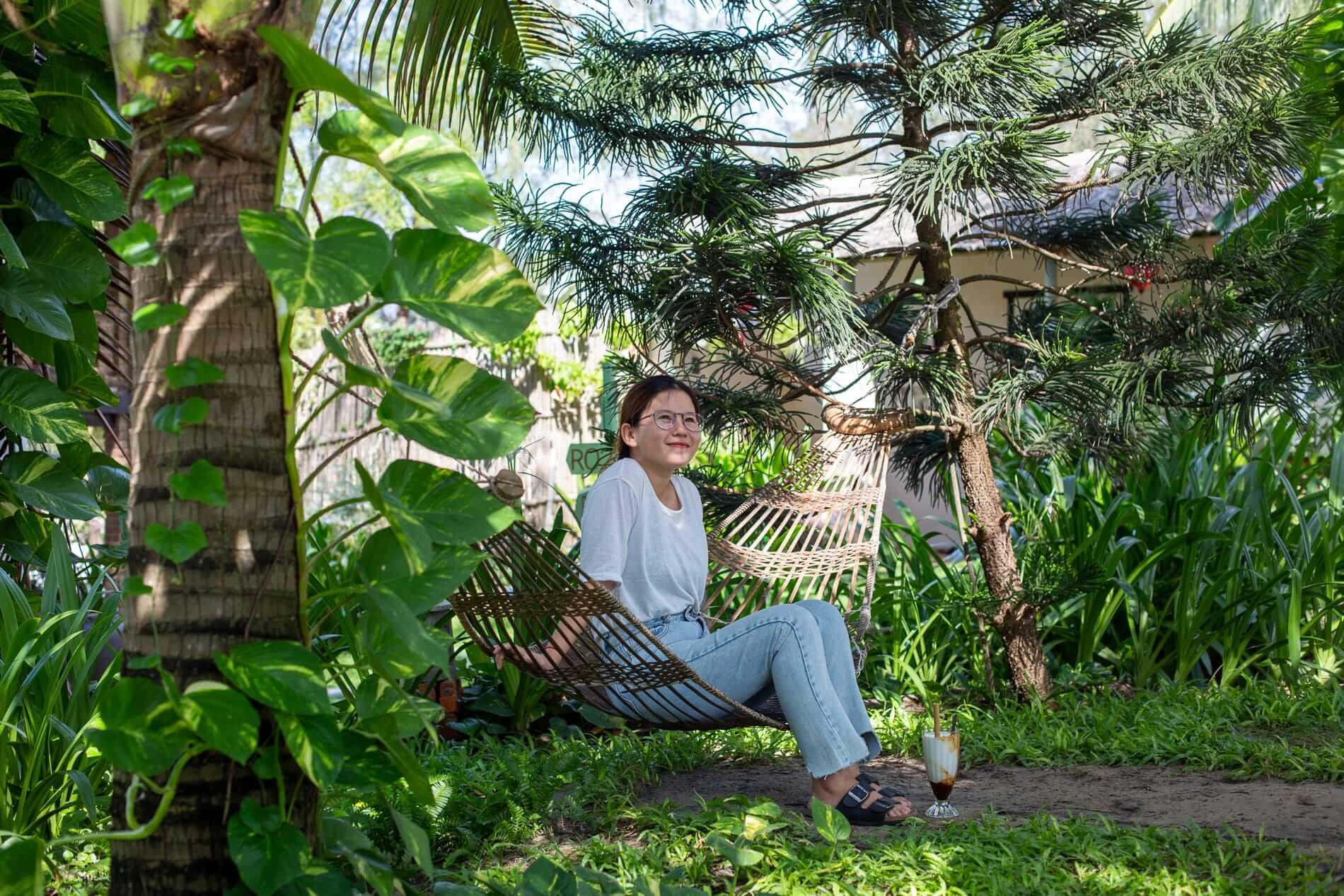 Khieu - Hostess at The Secret Cocktail Experience