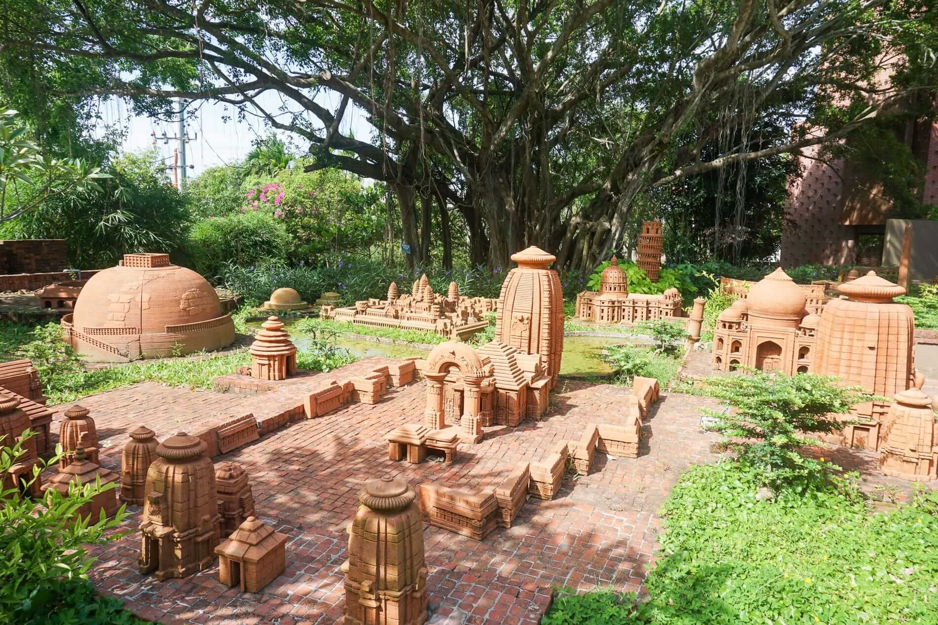Miniature terracotta replicas - Pottery Village