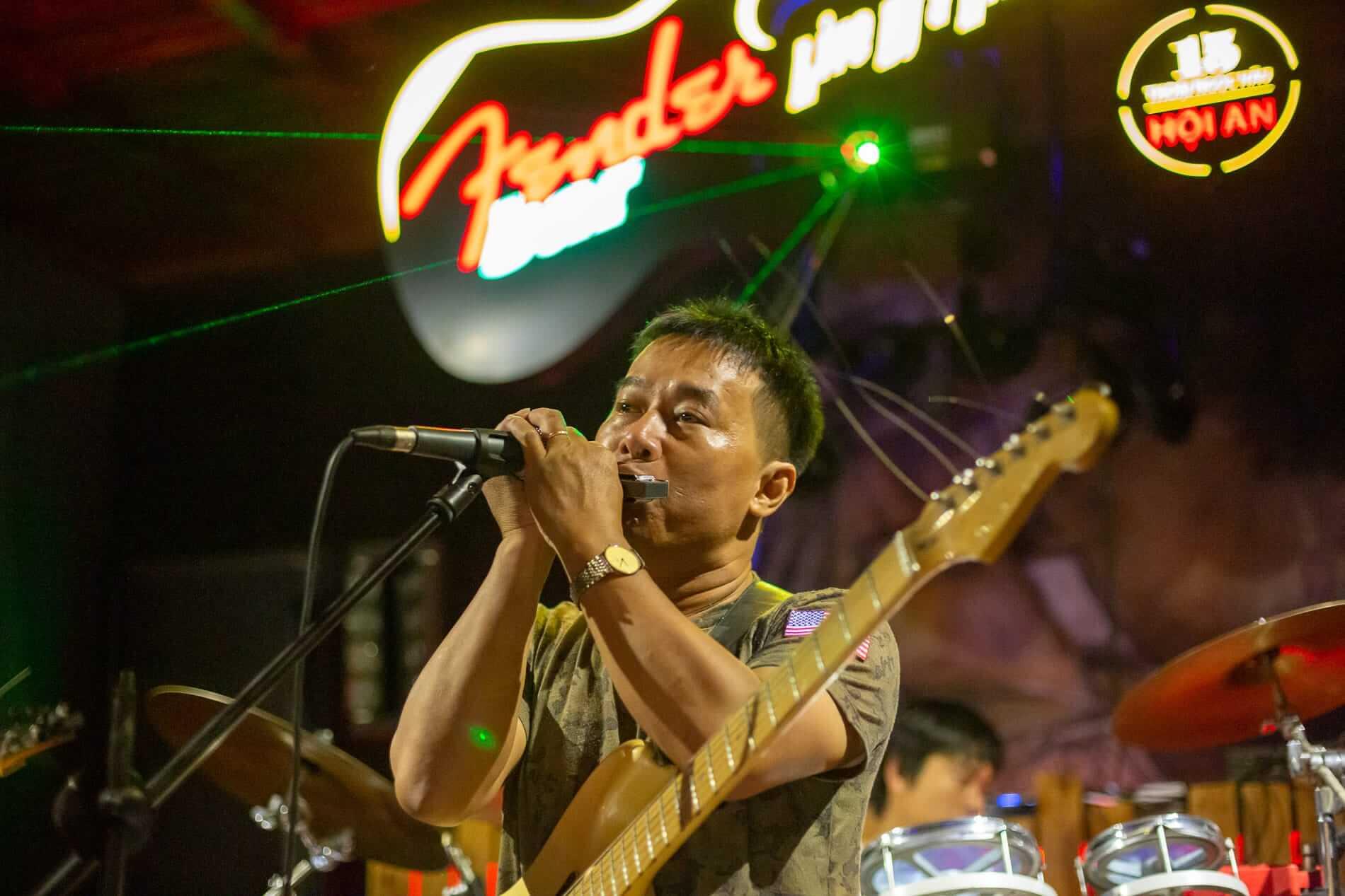 Tam on stage at Fender Bar
