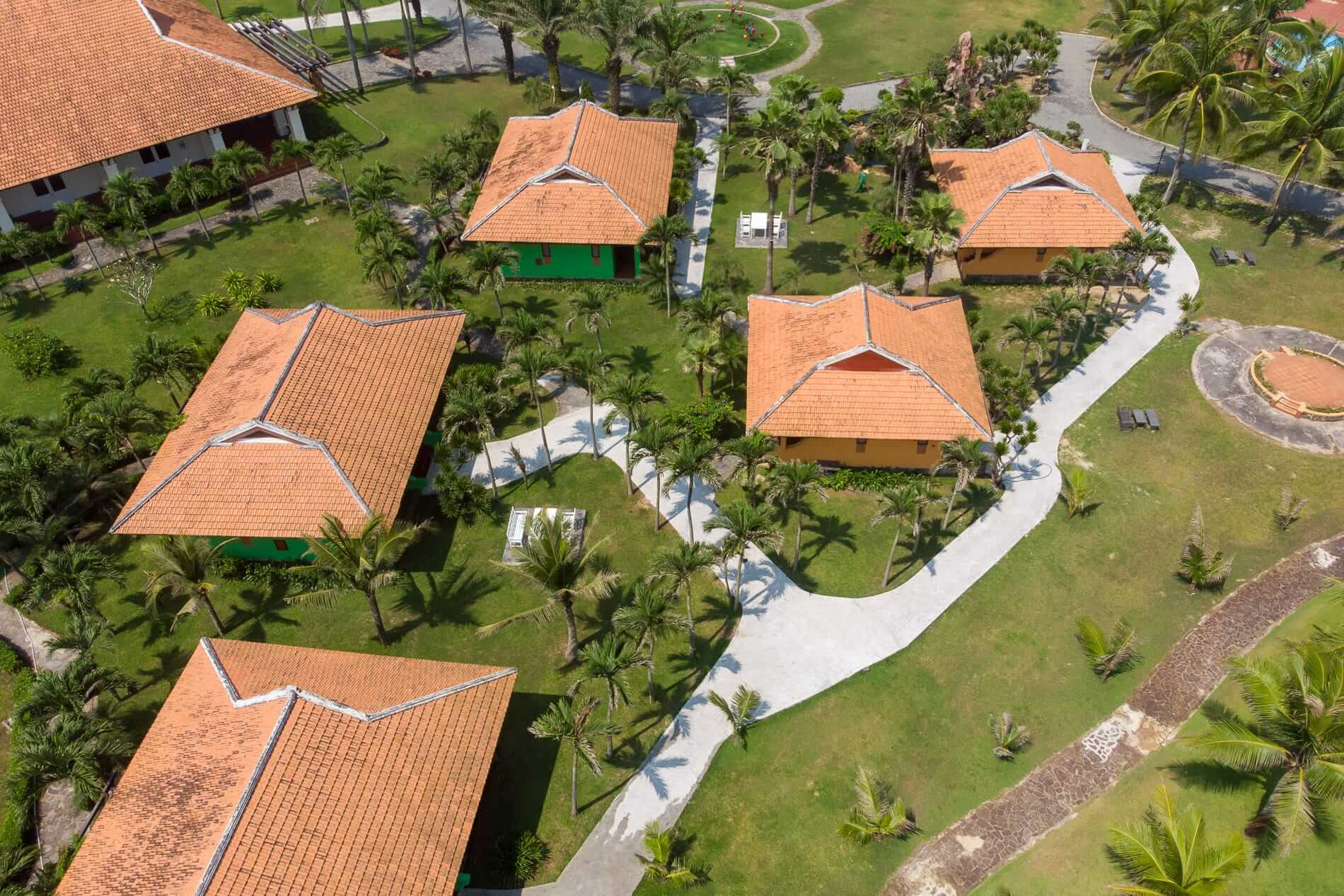 Tropical Beach Resort - Hoi An Beach Resorts