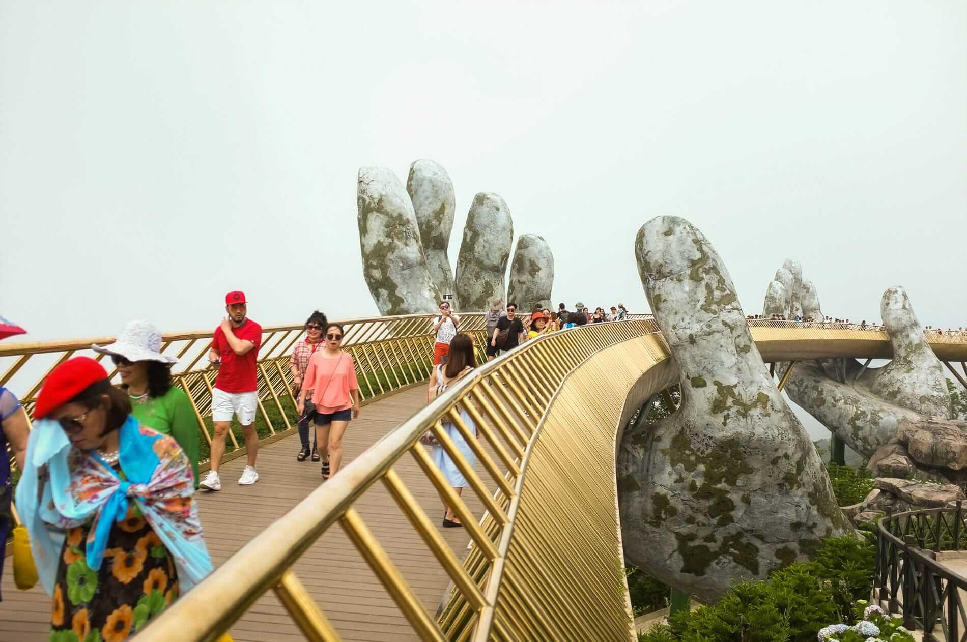 Ba Na Hills Hand Bridge