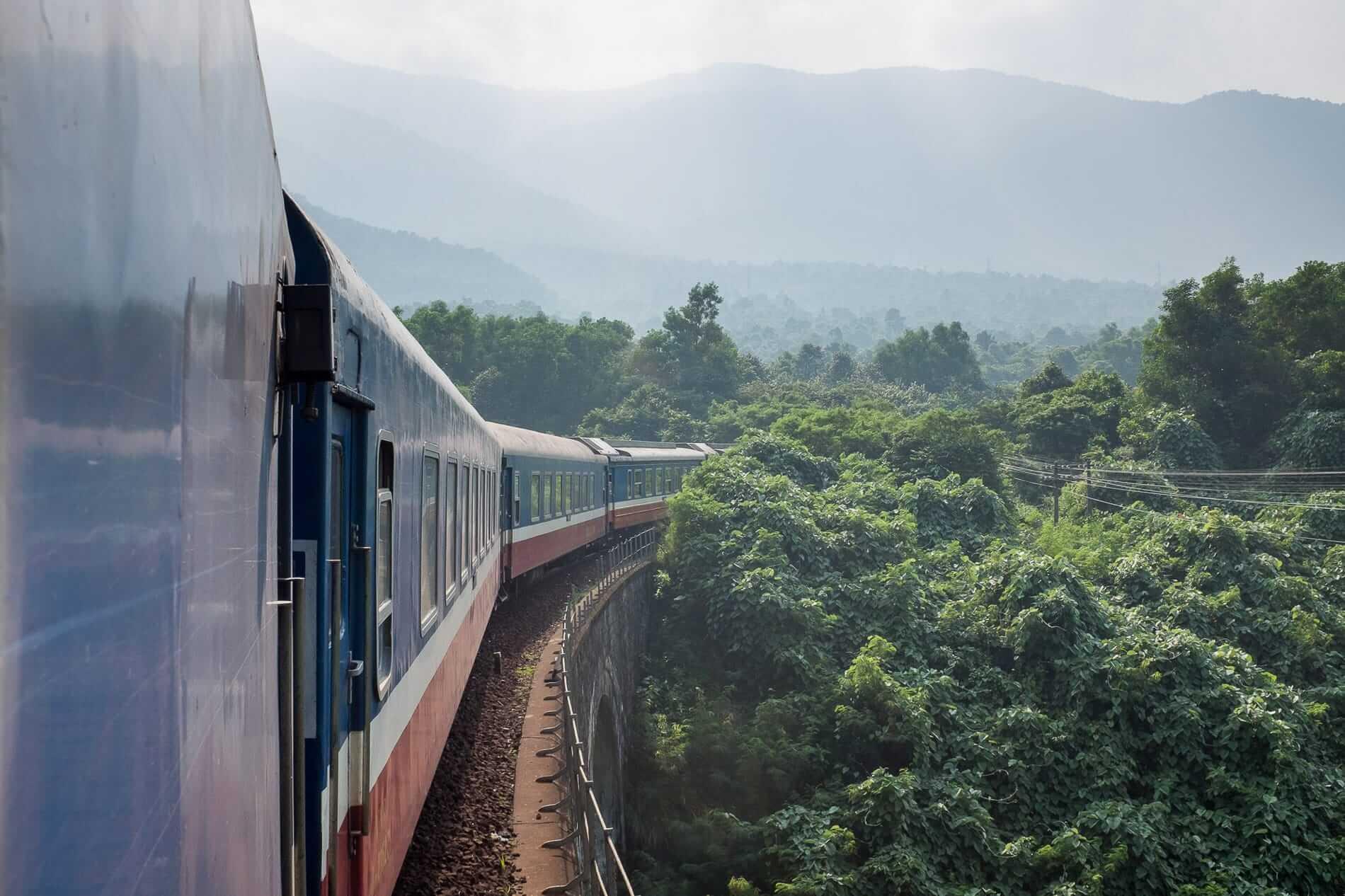 Hai Van Pass train ride