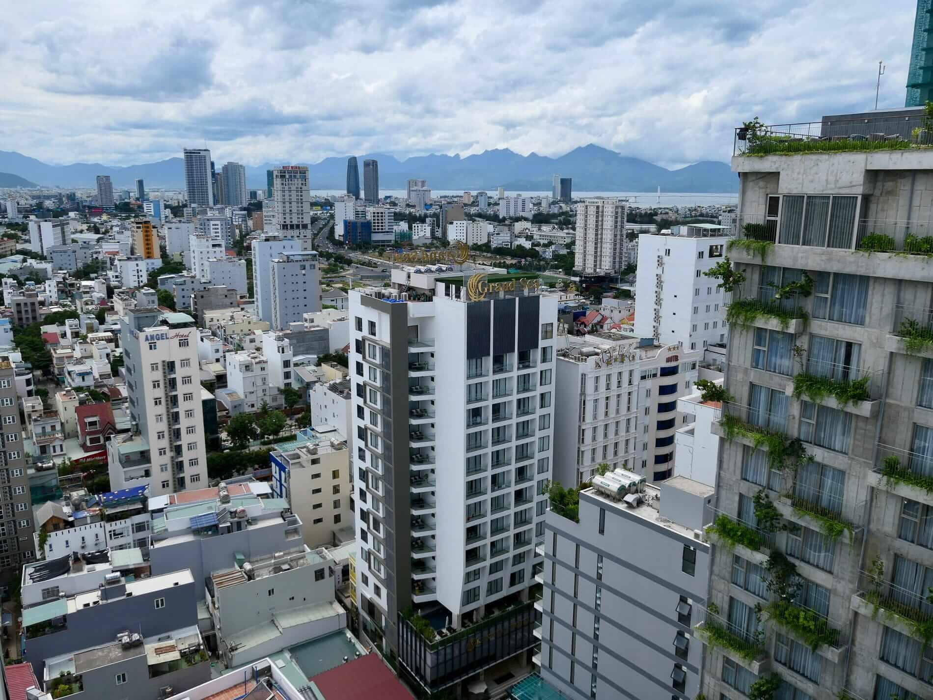 Da Nang's busy skyline
