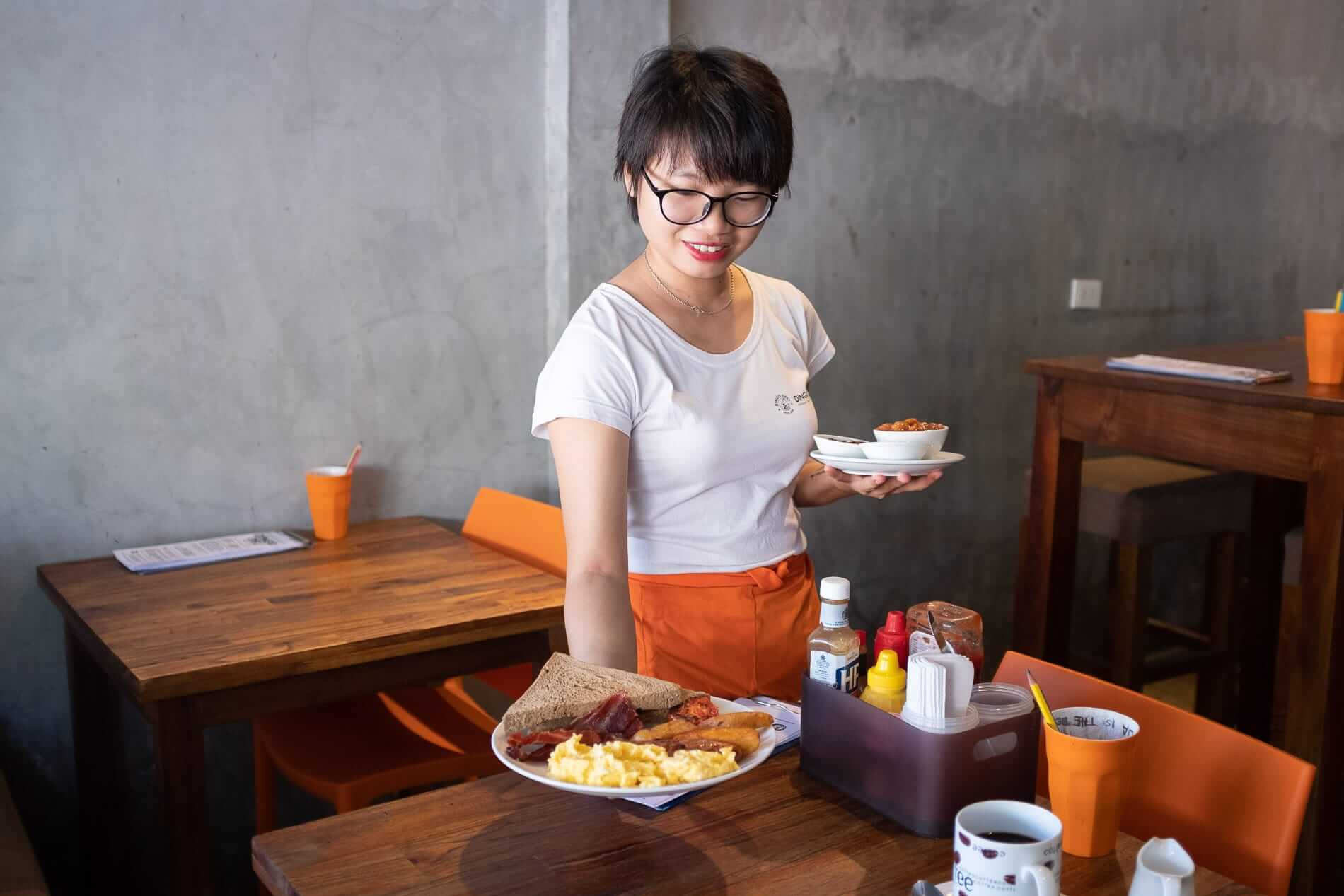 breakfast being served at Dingo Deli