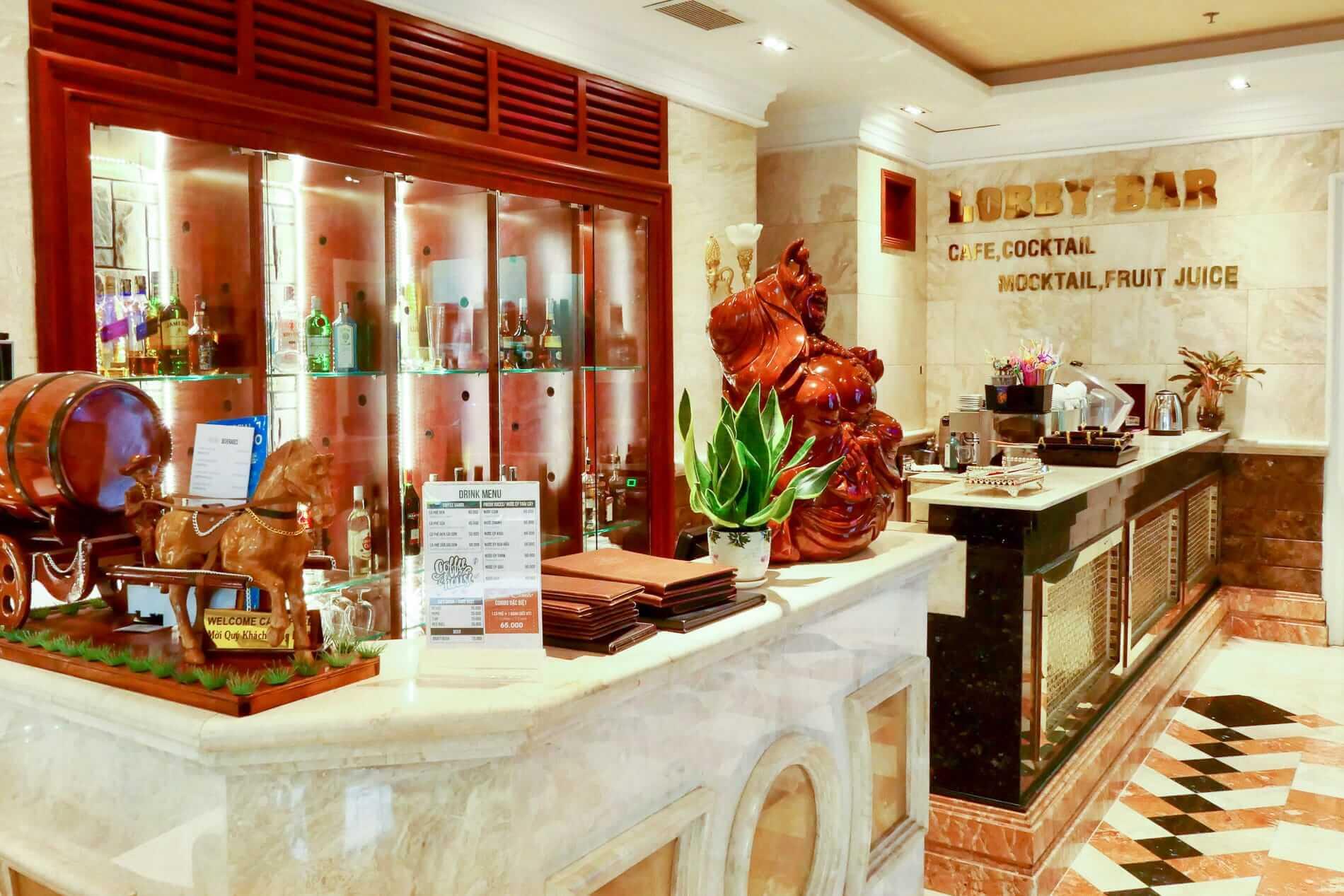 Lobby bar at Samdi Hotel Da Nang