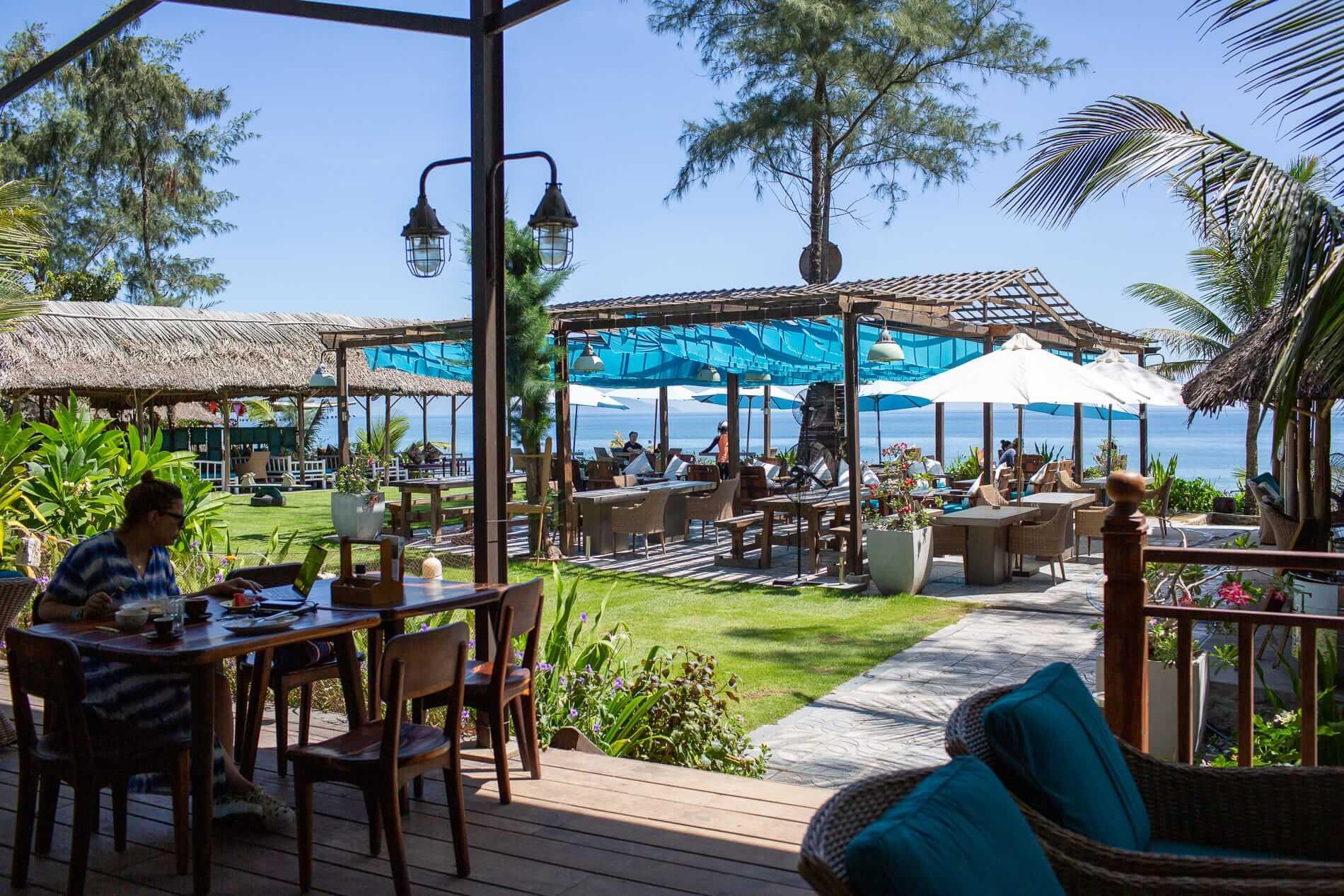 Hoi An beach garden