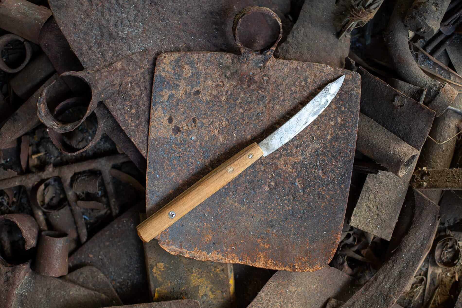 Rustic steak knife