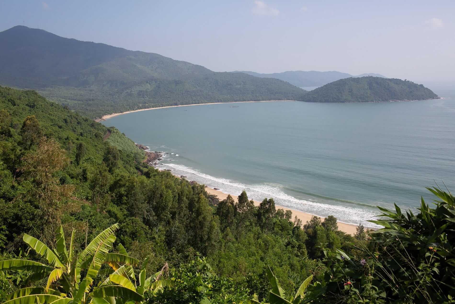 secluded beaches in Da Nang along the Hai Van Pass