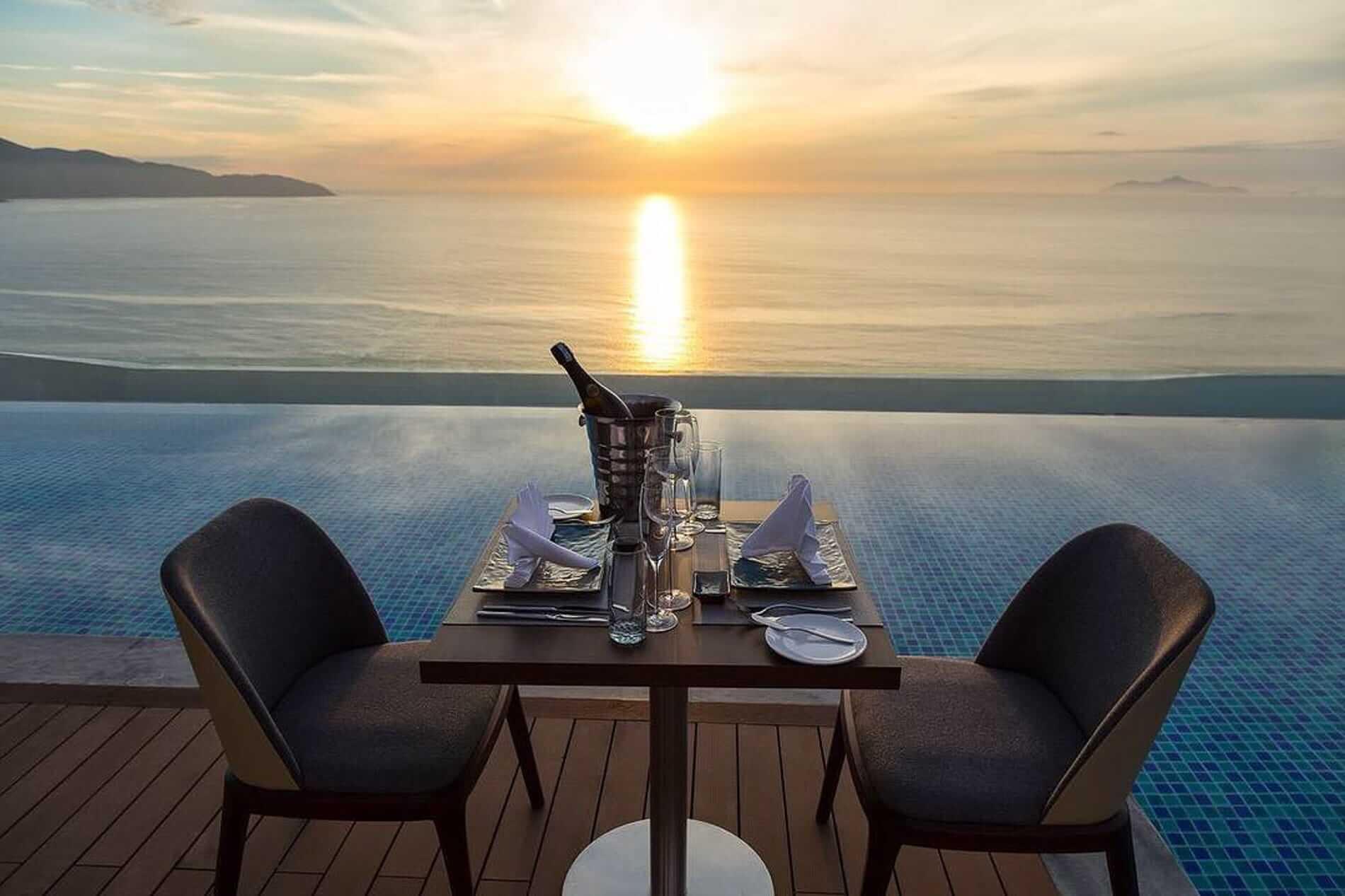 Seaview restaurant Da Nang