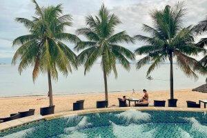 Da Nangs beach accommodation includes the Son Tra Resort